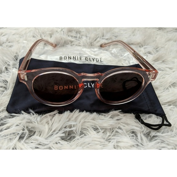 27a783cdfb Bonnie Clyde The Hill Sunglasses - One Size - NIP